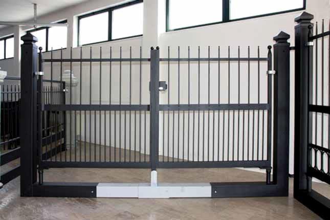 Misure Standard Cancello A Due Ante.Cancelli Monoblocco Varie Misure Carrabili Pedonali Scorrevoli A Prato